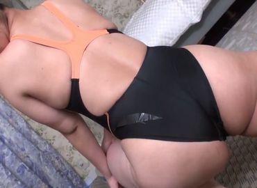 巨尻なママの水着姿が最高に抜ける無料jyukujyo動画