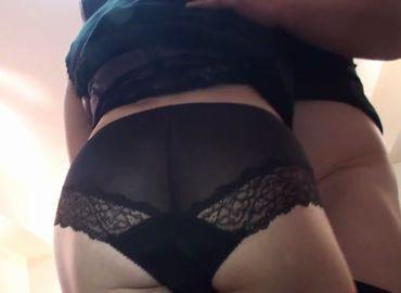 40代主婦が勝負下着を着けて浮気を楽しむ無料セックス動画