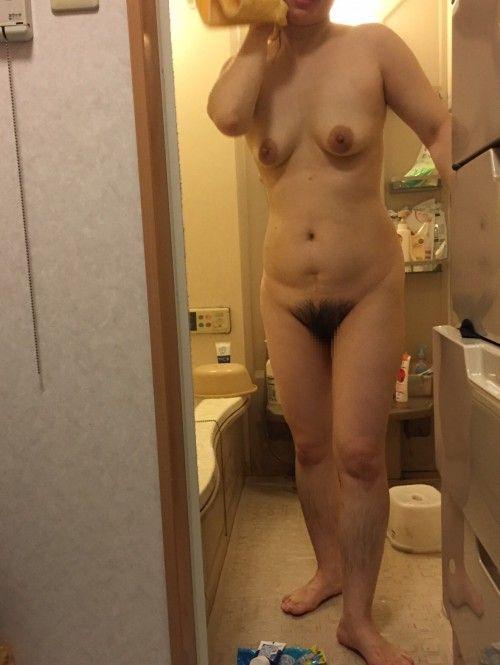 【塾女性誌40歳 体型画像】お風呂でくつろぐ奥様達のだらしない身体がエロ過ぎる23