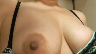 無修正の熟女動画